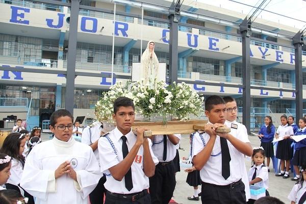 13 de Mayo Celebración por la aparición de la Virgen de Fátima en Cova de Iría